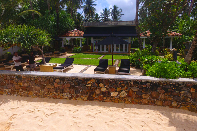 Lovely Beachfront Property In A Premium Location